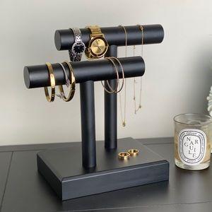 Jewelry bar holder